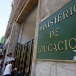 En los últimos cuatro años, según cifras del Mineduc:  Académicos con posgrado en educación superior aumentan en 33% en últimos cuatro años
